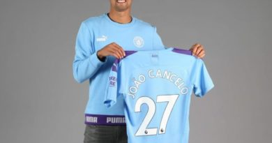 Cancelo moves to Manchester City