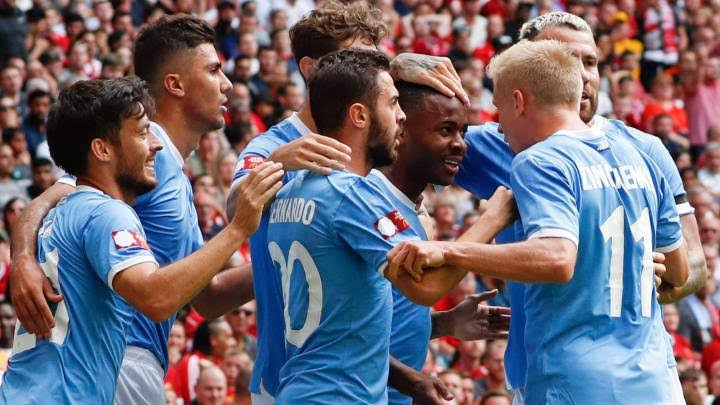 Manchester City lift Community shield