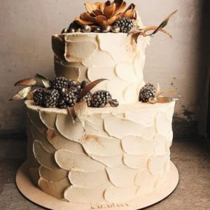 simple two tier wedding cake