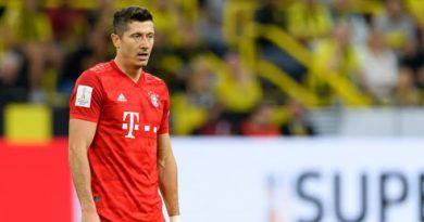 Chelsea's Hopes Raised As Lewandowski Is Ruled Out With A Knee Injury