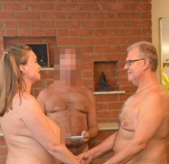 Couple Marry Naked In Front Of 40 Naked Guests And A Naked Officiator (Photos)