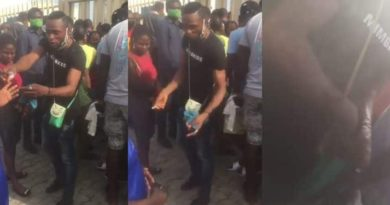 Nigerian Man Raises Alarm As People Are Now Standing In Bank Queues And Exchanging Their Spots For N10K (Video)